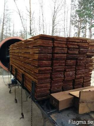 Thermally treated wood
