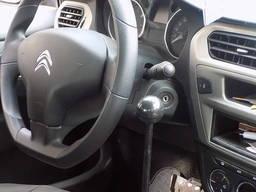 Manuell kontroll av bilen för funktionshindrade - фото 2
