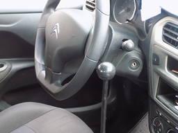 Manuell kontroll av bilen för funktionshindrade - фото 3
