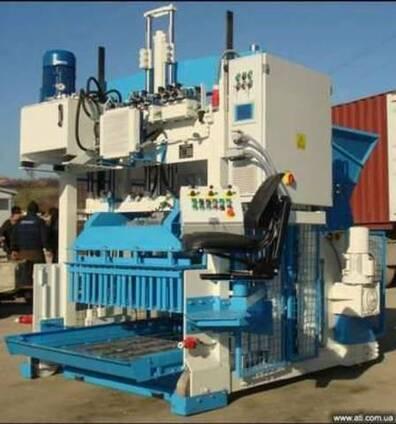 Оборудование по производству бетонных блоков.