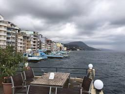 Säljer ett hus-hotell på Krim-kusten. Klar affär för hotelle